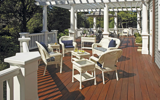 Great ideas decks cabot for Balcony colour combination